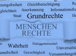 Demokratieerziehung: Klassenzimmer wird zum Gerichtssaal